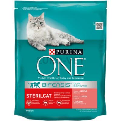 ONE STERILCAT Lazacban és búzában gazdag száraz macskaeledel 800g